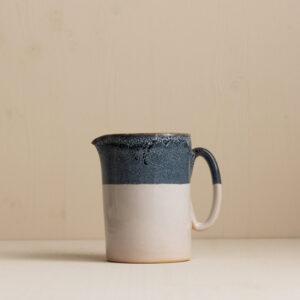 Karaffe von onomao in graublau