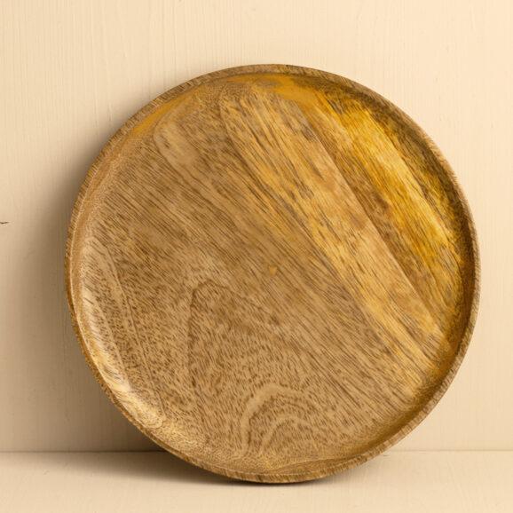 flacher Holzteller von Madam Stoltz