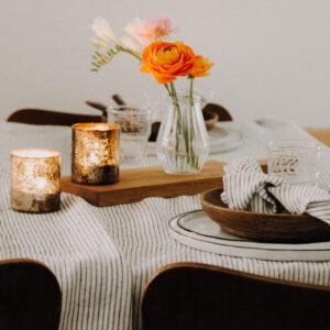Tischdecken und Servietten
