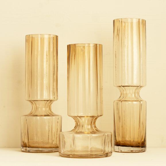 Drei grosse Glasvasen in caramel von Broste Copenhagen