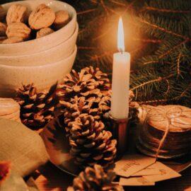 Weihnachtskerzen und Leuchter Bei Blumenthals