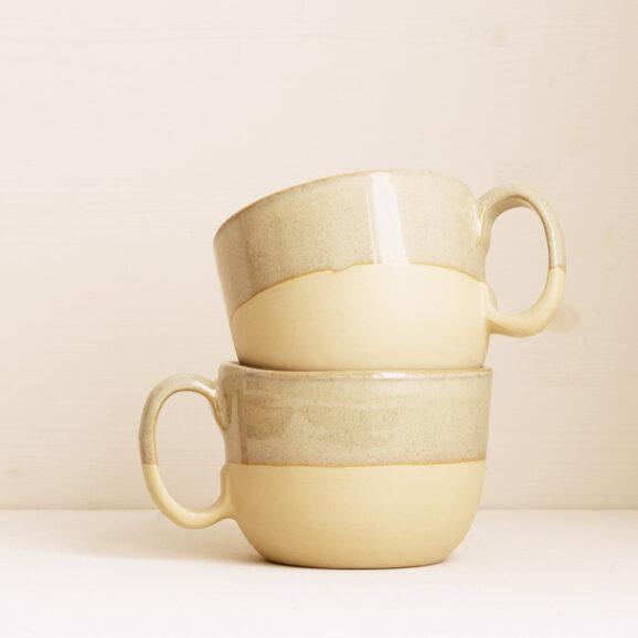 grosse Tasse Onomao in beige